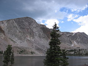 Medicine bowl peak, cr-Wikipedia