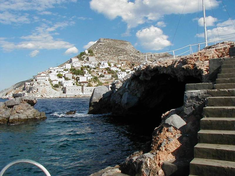 Hydra Island, Credit: http://users.skynet.be