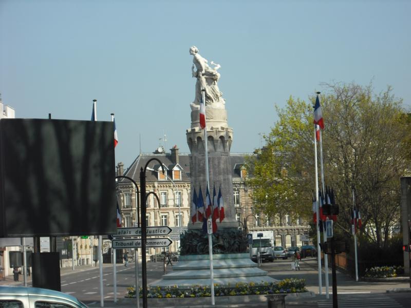 Monument des Enfants - Troyes. Credit: D.Clarkson