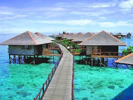 Mabul Island, Credit-borneotawautravel.com