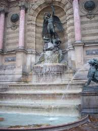 Fountain Saint-Michel Credit: Michelle Lutz