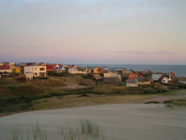 Punta del Diablo, Uruguay, Cr-wikipedia