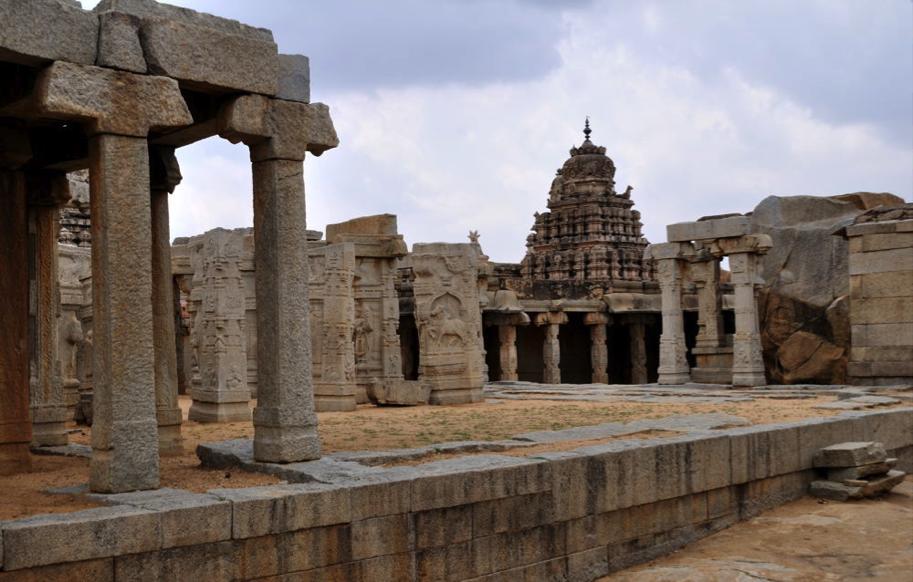 Lepakshi- Courtsey - Sridhar Vedantham (Flickr)