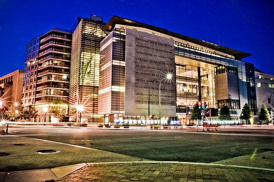 The Newseum, Cr-dc.urbanturf.com