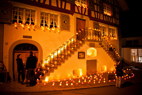 Photo of decorated house by vauvau via Flickr